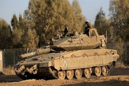 Zionist Tanks, Aircraft Attack Besieged Gaza Strip