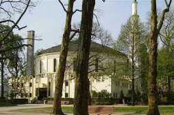 Belgium Retakes Saudi-Run Mosque over Extremism